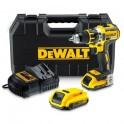 Аккумуляторный шуруповерт DeWalt DCD790D2